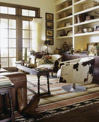 Sala de estar Countryhome+sillas+giratorias+tapizadas+con+estampado+vacuno