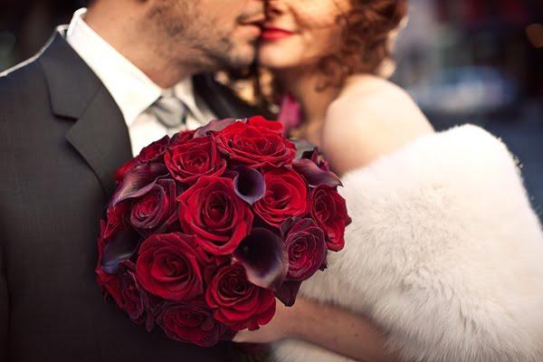 ramos de novia -rosas rojas - antes de la boda - foro bodas