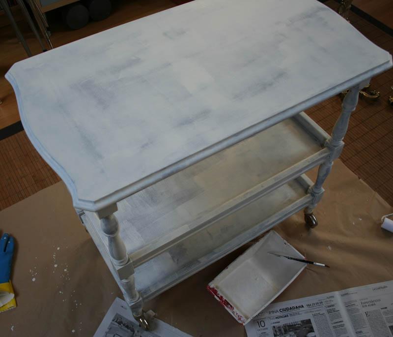 C mo pintar un mueble de blanco how to paint a bar cart - Camareras muebles auxiliares ...