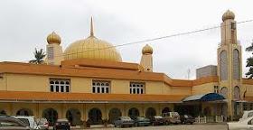 Masjid Daerah Kuala Kangsar / Masjid Ridwaniah .