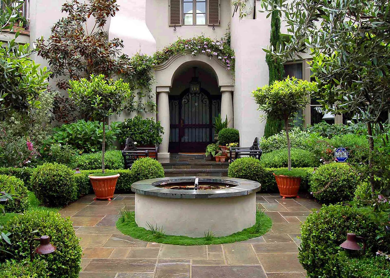 Environmental concept earth friendly landscapes walk for Courtyard landscaping pictures