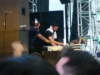 We be DJs, Eh?