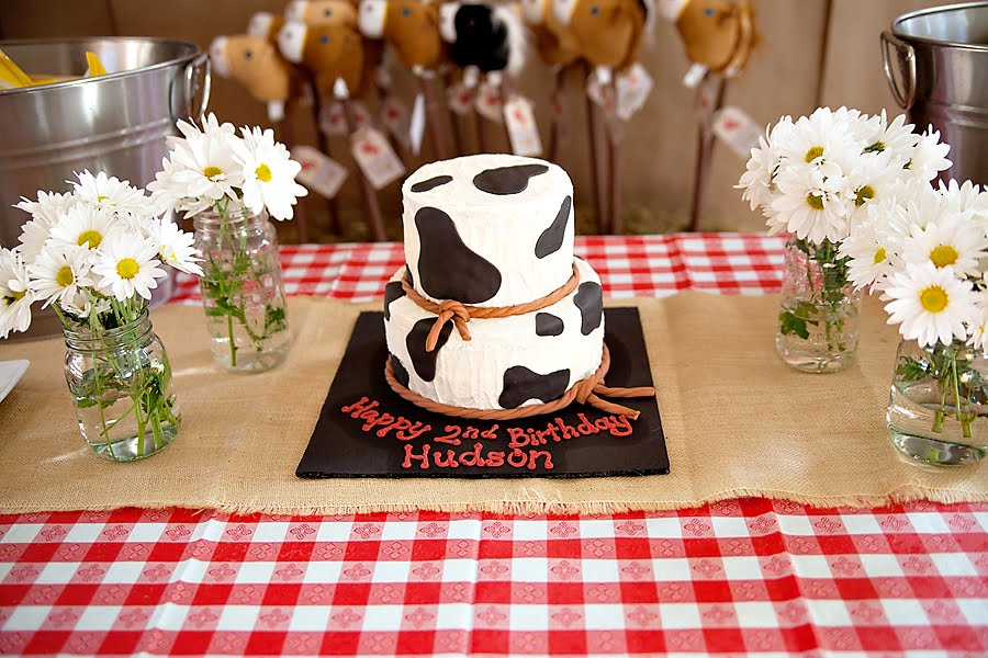 Cowboy Snack Ideas http://andersruff.blogspot.com/2011/01/featured-client-parties-cowboy-party.html