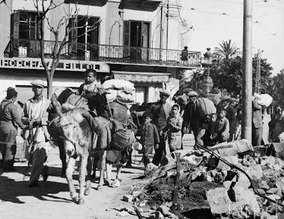 Refugiados volviendo a Málaga