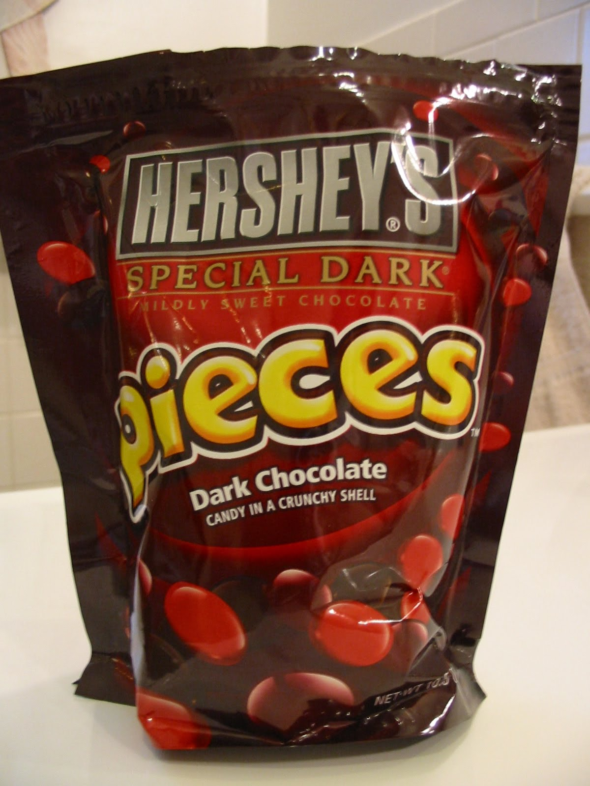The Chocolate Cult: Hershey's Special Dark Pieces Revealed