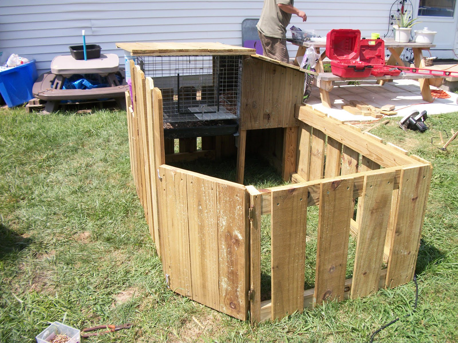 diy build building in roads how easy to cross hutches hutch rabbit steps a four new