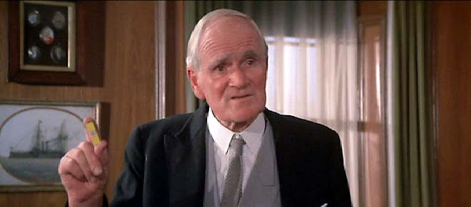 """A la memoria del gran Desmond Llewelyn """"Q""""..."""