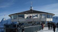 El restaurant giratorio Piz Gloria en Suiza, en la memoria de todo fan de 007...