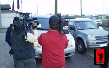 Camarógrafos y periodistas tras un esquivo 007 en Antofagasta...