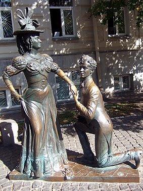 Как бы нас не пытались убедить, что это памятник Голохвастову и Проне, мы все равно твердим, что на самом деле это памятник Олегу Борисову и Маргарите Криницыной