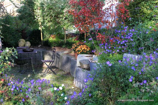 Ein schweizer garten herbstdeko und farbenfeuer for Garten im herbst anlegen