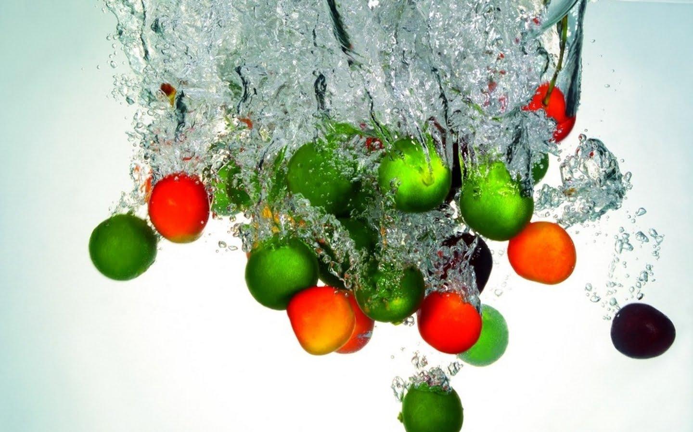 http://4.bp.blogspot.com/_KLJU3hHDGVM/TAyA7gVHWjI/AAAAAAAACOo/kZ2-sopB4GU/s1600/fresh+fruits_underwater.jpg