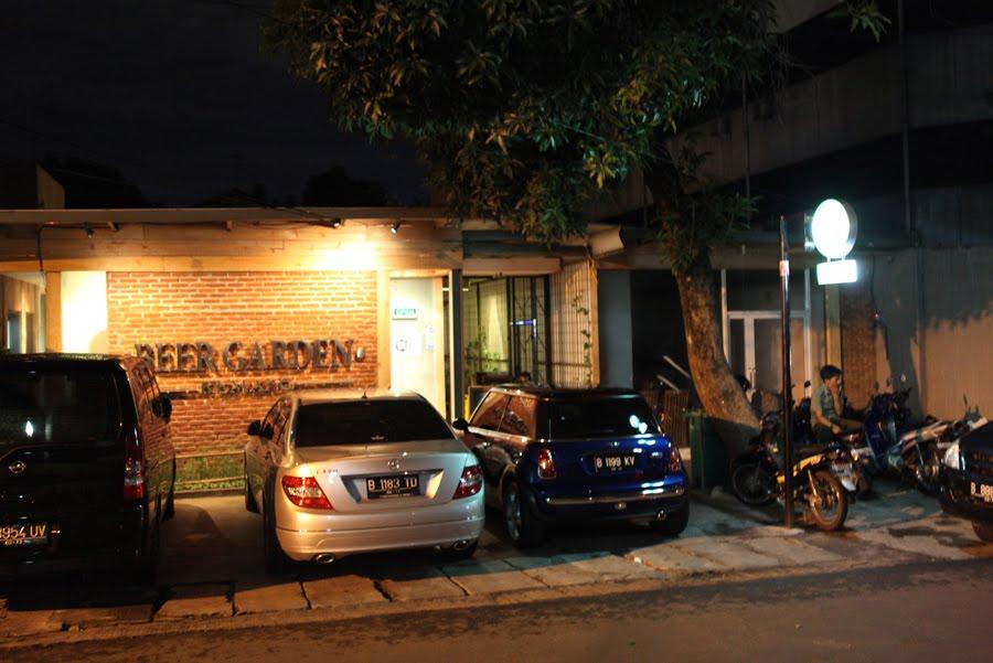 Beer Garden Menteng