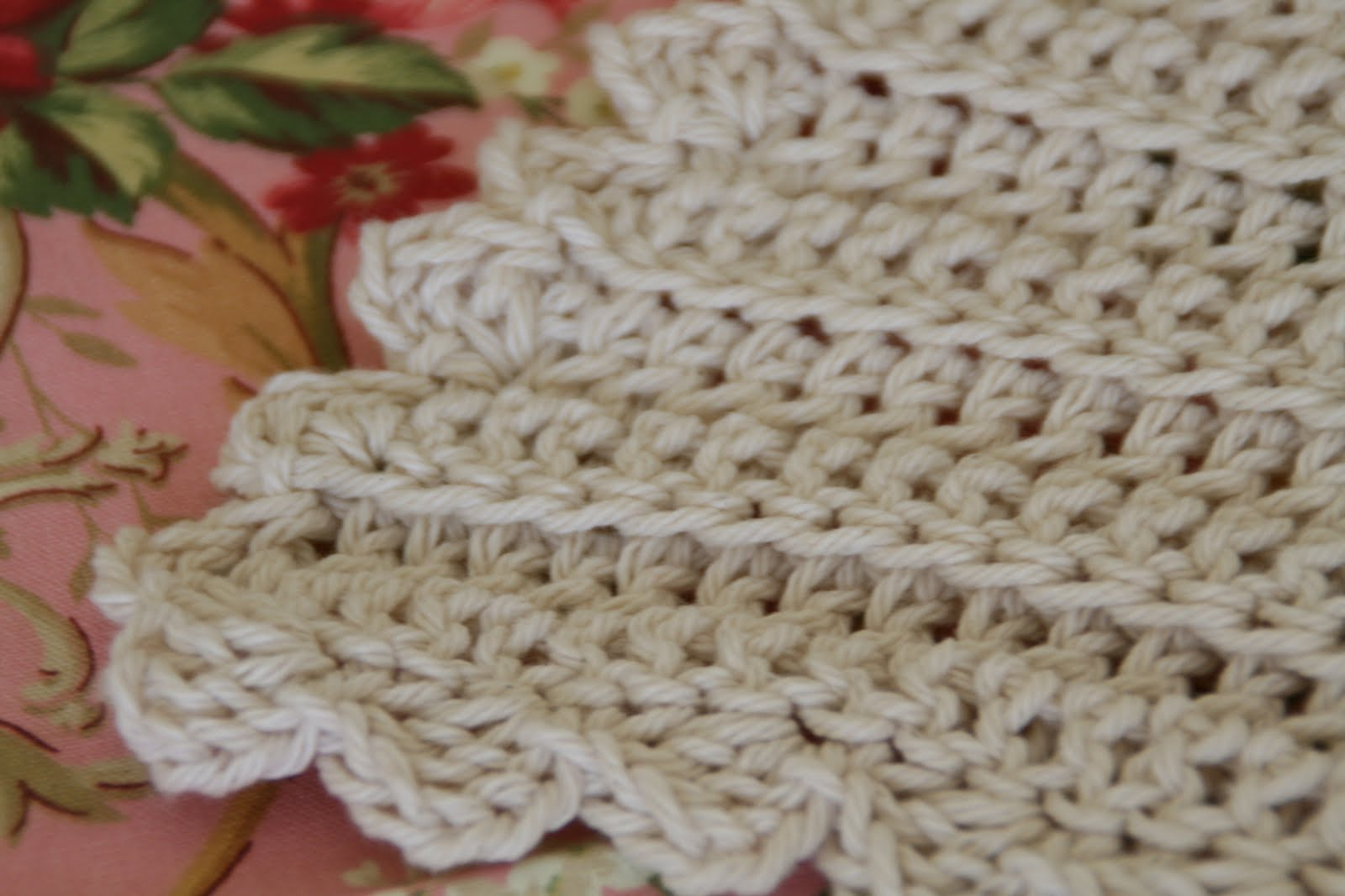 Baby Love Blanket Free Crochet Pattern : one little rayndrop: Classic Baby Blanket