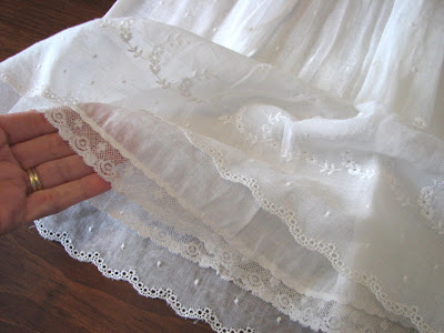Site Blogspot  Smocked Dresses on Hand Smocked Dresses In Many Different Colors