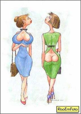 Cartoon em que mulheres se comparam exibindo os decotes que mais as valorizam.