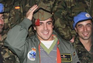 [Imagen: Fernando+Alonso+Legionario.jpg]
