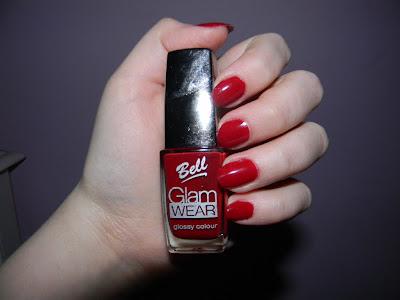Lakier : Bell Glam Wear.