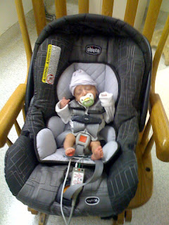 Brownstone Baby: Chicco KeyFit 30: Fit For A Shrimp