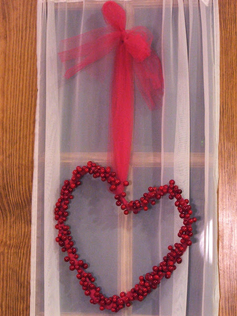 christmas turns into valentine: heart wearth tutorial