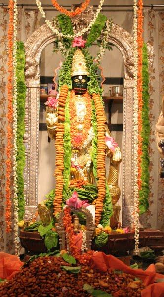 அனுமனுக்கு வடைமாலை ஏன்? Hanuman1