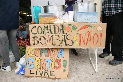 Comida Sim ! Bombas NÃO !!! 3