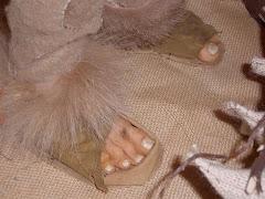 Sybil's feet