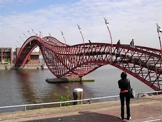 Jembatan-Jembatan Terunik dan Teraneh di Dunia