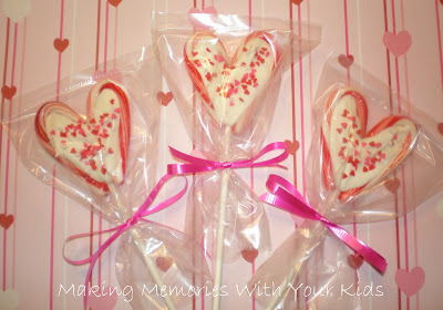 unique gifts : valentine heart lollipops