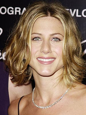 Jennifer Aniston's Short Hairstyles