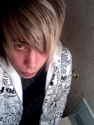 Scene Kid Guy Hairstyle