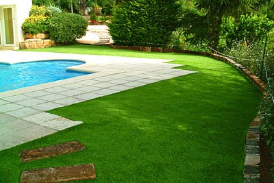 Cesped artificial pasto sintetico como colocar grass - Colocar cesped artificial sobre terreno natural ...