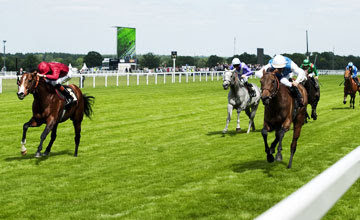Goldikova wins Royal Ascot's Queen Anne Stakes