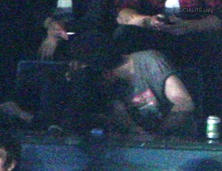 kristen stewart and robert pattinson new moon kiss. new moon Kristen Stewart