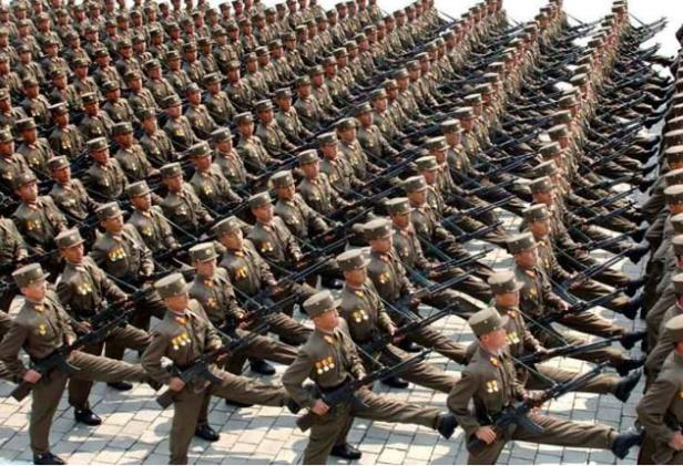 north korean women soldiers. pictures North Korean leader