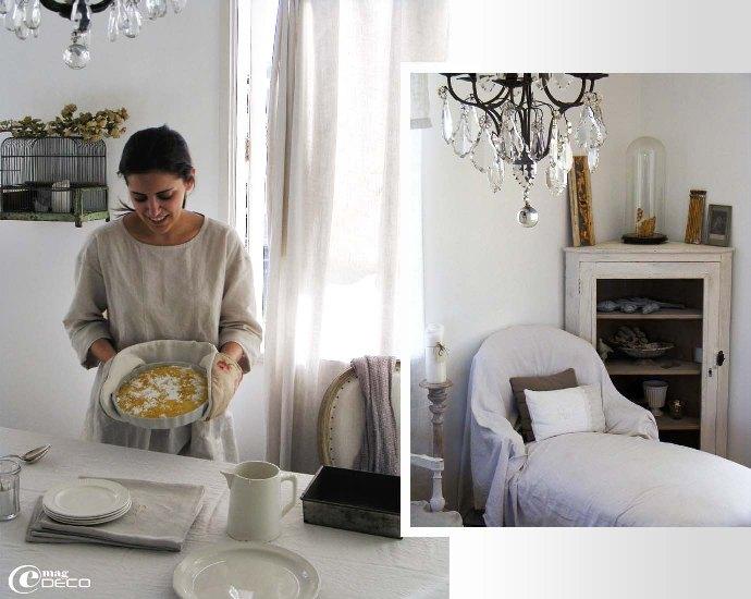 Audrey Fitzjohn dans son salon en Nouvelle-Zélande