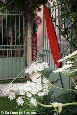 Entrée de l'Hôtel Le Clair de la Plume