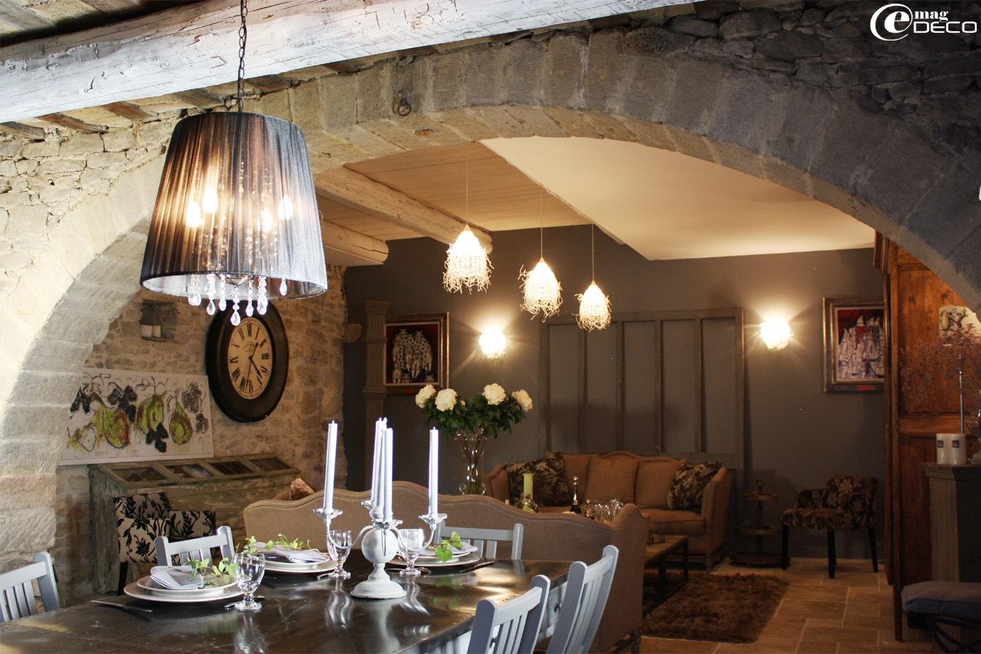 Salle à manger et salon du Clos des Songes