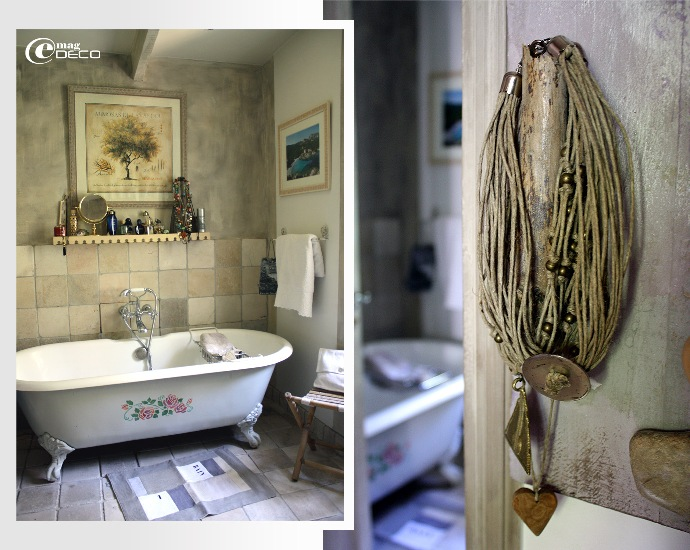 Baignoire en fonte dans la salle de bain du Mas de Bohème