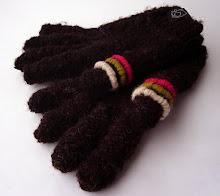guantes bordados tonos café