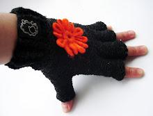 guantes dedos cortos flor tonos grafito