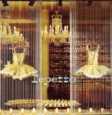 repetto_shop_window_2 Sapatilhas Repetto - alma de bailarina