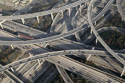 http://4.bp.blogspot.com/_KgQO4kf-Occ/R5aMifgGUEI/AAAAAAAABBE/ylBJylzDTxE/s400/highway%2Boverpass.jpeg