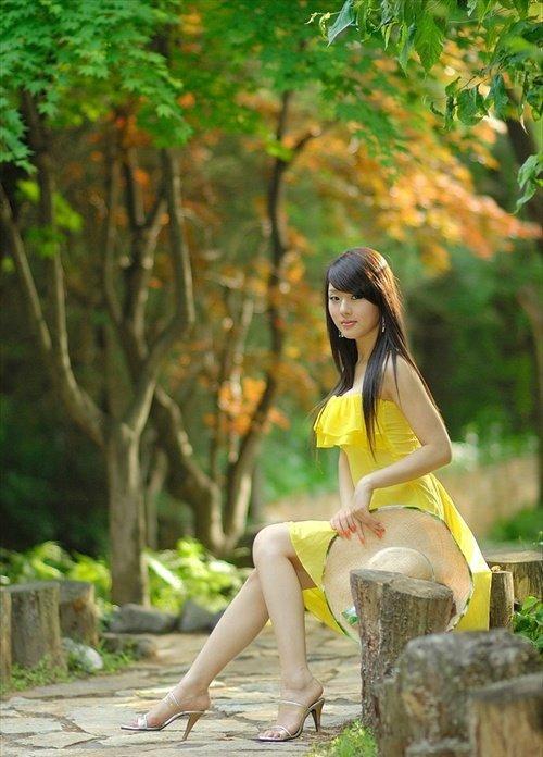 hwang mi hee sexy yellow dressasian girls