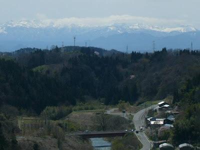 三春ダムから那須岳?