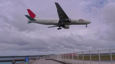 Boeing777-200 (JA703J)