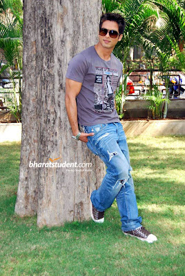 Shahid Kapoor In Chance Pe Dance Images