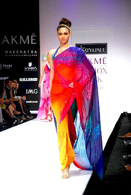 Models walk the ramp at Satya Paul's show at Lakme Fashion Week 2010 photo