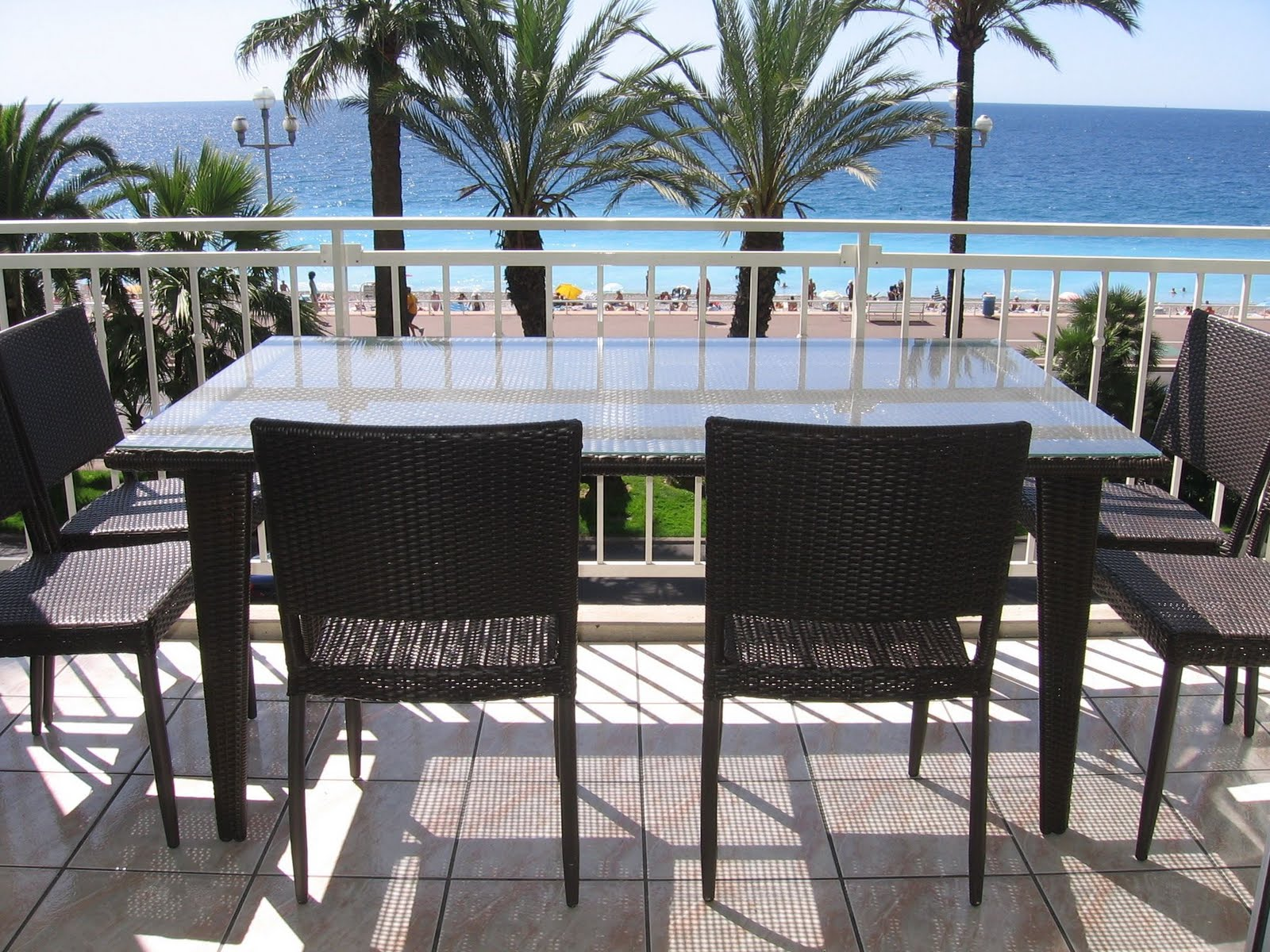 The promenade des anglais blog superb seafront apartment for Terrace homepage