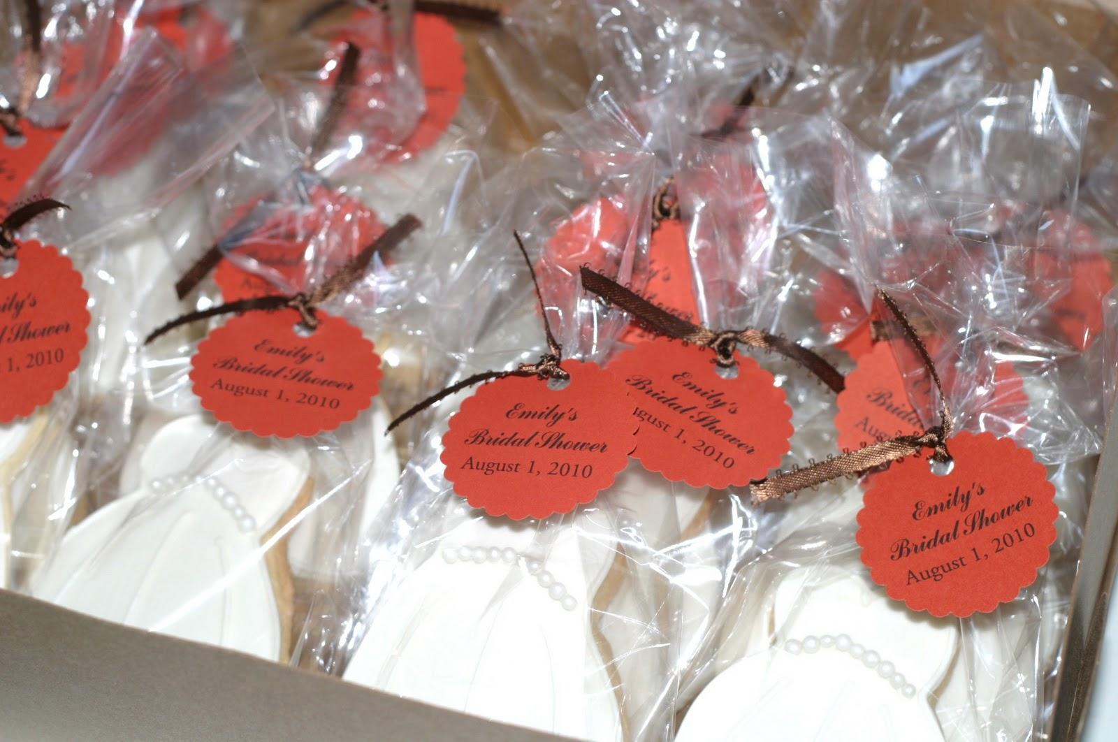 Wedding Shower Favor Ideas Diy : Pink Little Cake: Bridal Shower Cookie Favors